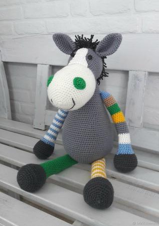 Лошадь Эмма, интерьерная мягкая игрушка крючком ручной работы на заказ