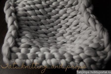Светло-серый коврик для фотосессии новорожденного ручной работы на заказ