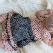 Вязаный летний комплект для новорожденного