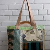 Двухсторонняя, текстильная и очень большая сумка. Сумка на каждый день.