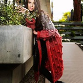 Вязаное пальто. Красный кардиган.