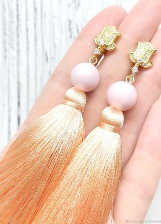 Серьги кисти «Сочный персик» ручной работы на заказ