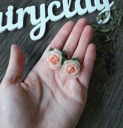 """Серьги """"Нежно-персиковые розы"""" ручной работы на заказ"""