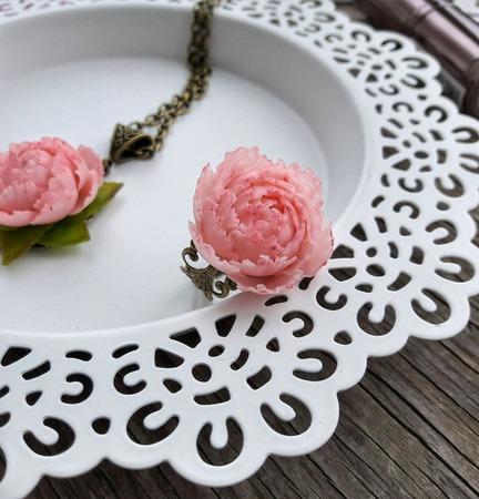 """Кольцо """"Розовый пион"""" ручной работы на заказ"""