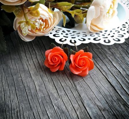 """Серьги """"Алые розы"""" ручной работы на заказ"""