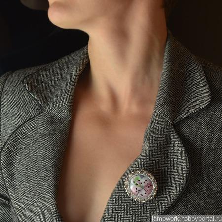 """Брошь-кулон """"Розовая лилия"""" ручной работы на заказ"""