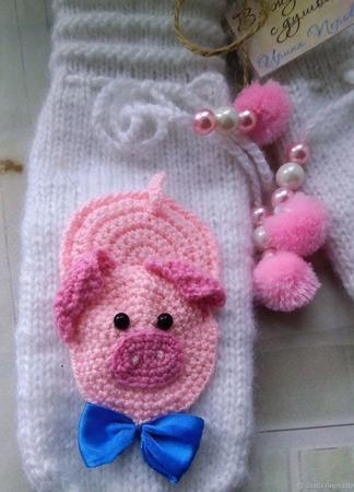 Варежки  Розовые поросята ручной работы на заказ