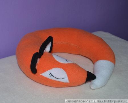 Подушка-бублик Лиса ручной работы на заказ