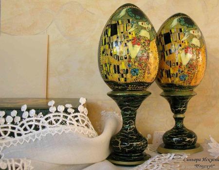 """Сувенирное яйцо """"Поцелуй"""" Климт Декупаж ручной работы на заказ"""