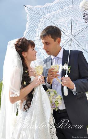 """Свадебные бокалы """"На счастье"""" обвязанные ручной работы на заказ"""