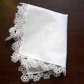 """Носовой платочек с кружевом и вышивкой """"Невеста"""""""