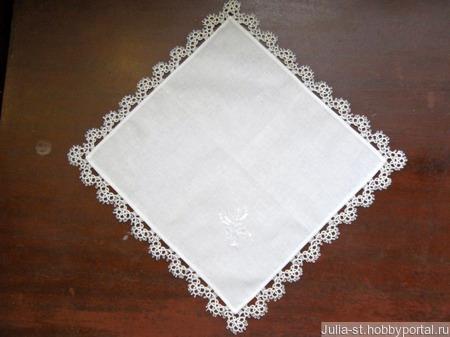 """Носовой платочек с кружевом и вышивкой """"Невеста"""" ручной работы на заказ"""