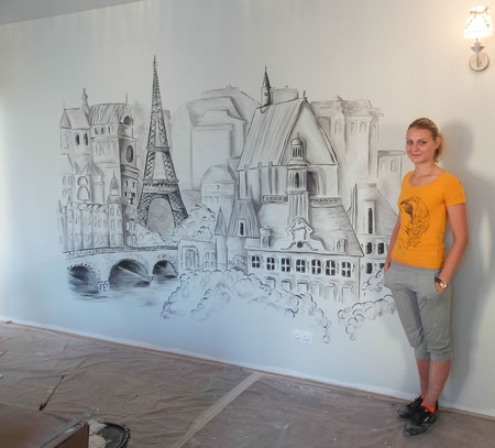"""Роспись стен в гостиной """"Париж"""" ручной работы на заказ"""