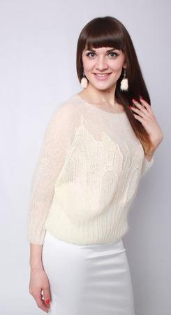 Пуловер-реглан из мохера ручной работы на заказ