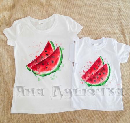 """Семейные парные  футболки  family look с росписью  """"Арбуз"""" ручной работы на заказ"""