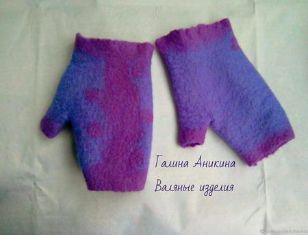 """Комплект шарф и митенки валяные женские  """"Сиреневая дымка"""" ручной работы на заказ"""