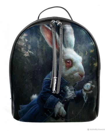"""Рюкзак женский кожаный с ручной росписью из кожи """"Алиса в стране чудес"""" ручной работы на заказ"""
