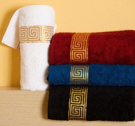 Полотенце махровое именное. Машинная вышивка. ручной работы на заказ