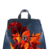 """Рюкзак женский с ручной росписью из экокожи """"Осенние листья"""""""