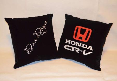 Подушка автомобильная. Honda. Машинная вышивка ручной работы на заказ