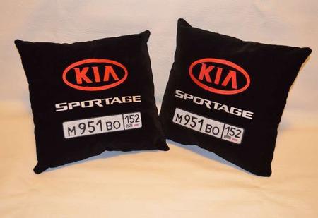 Подушка автомобильная. KIA. Машинная вышивка ручной работы на заказ