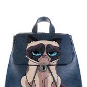 """Рюкзак женский с ручной росписью из экокожи """"Угрюмый кот"""""""