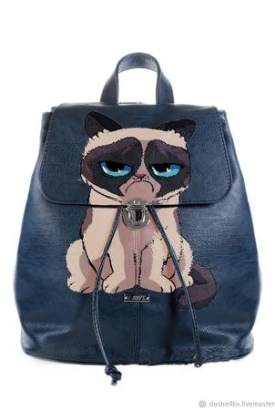 """Рюкзак женский с ручной росписью из экокожи """"Угрюмый кот"""" ручной работы на заказ"""