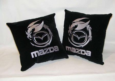 Подушка автомобильная. Mazda. Машинная вышивка ручной работы на заказ