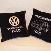 Подушка автомобильная. Volkswagen. Машинная вышивка