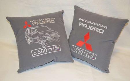 Подушка автомобильная. Mitsubishi. Машинная вышивка ручной работы на заказ