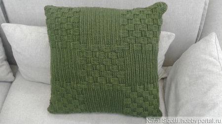 Декоративная интерьерная подушка ручной работы на заказ