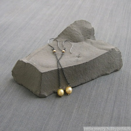 """Серьги """"Counterpoint"""" из черного серебра с жемчугом ручной работы на заказ"""
