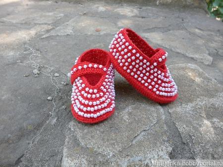 Летние вязаные пинетки туфельки с перламутровыми бусинами ручной работы на заказ