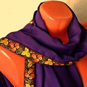 """Фиолетовый шифоновый палантин ручной работы """"Земляничная поляна"""" модель 1"""
