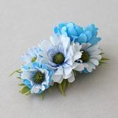 Заколка-зажим голубые и белые цветы хризантемы