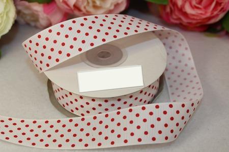Лента репсовая белая в красный мелкий горох ручной работы на заказ