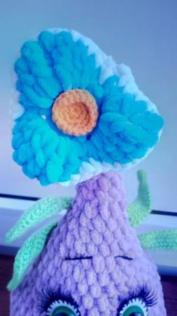 Вязаная луковичка цветок ручной работы на заказ