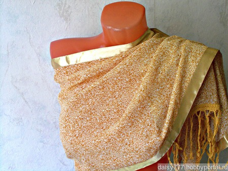 Бежевый палантин ручной работы из ткани Самый нежный модель 1 ручной работы на заказ