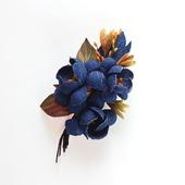Джинсовая брошь сине-рыжий букет цветов из джинс