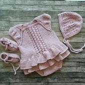 Вязаное боди с юбочкой для девочки