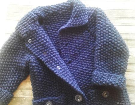 Вязаный комплект для мальчика: пальто, шапка, шарф ручной работы на заказ
