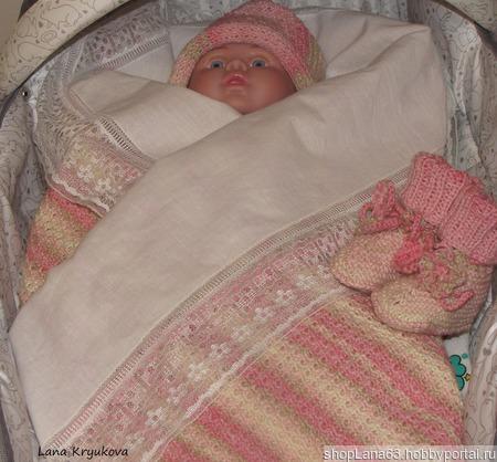 Вязаный детский плед из детской шерсти, шапочка, носочки и игрушка котик ручной работы на заказ