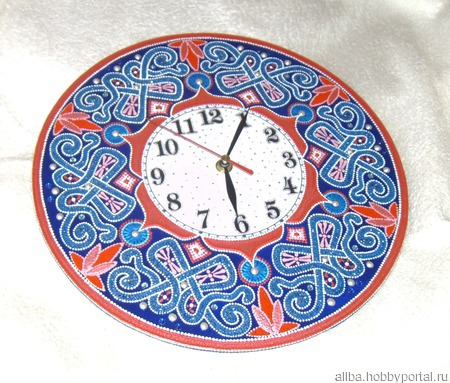 "Часы настенные ""Рето"" точечная роспись ручной работы на заказ"