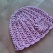 Розовая летняя шапочка для девочки
