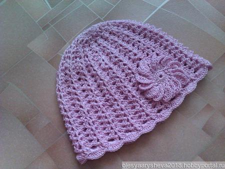 Розовая летняя шапочка для девочки ручной работы на заказ