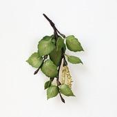 Брошь березовая ветка с зелеными листьями