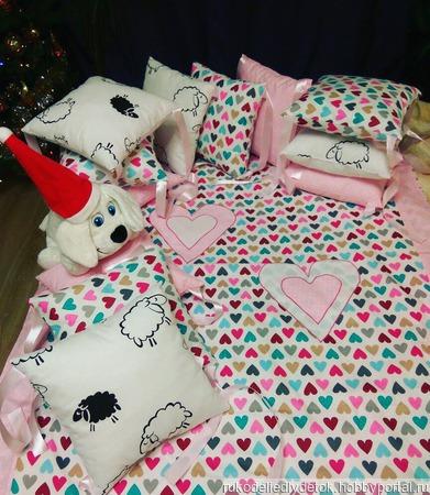 Бортики в детскую кроватку, постельное белье ручной работы на заказ
