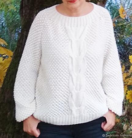Объемный свитер ручной работы на заказ