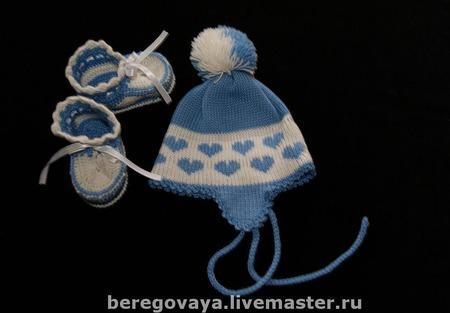 """Вязаный комплект для новорожденных """"Сердечный"""" ручной работы на заказ"""