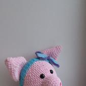 Свинка вязаная